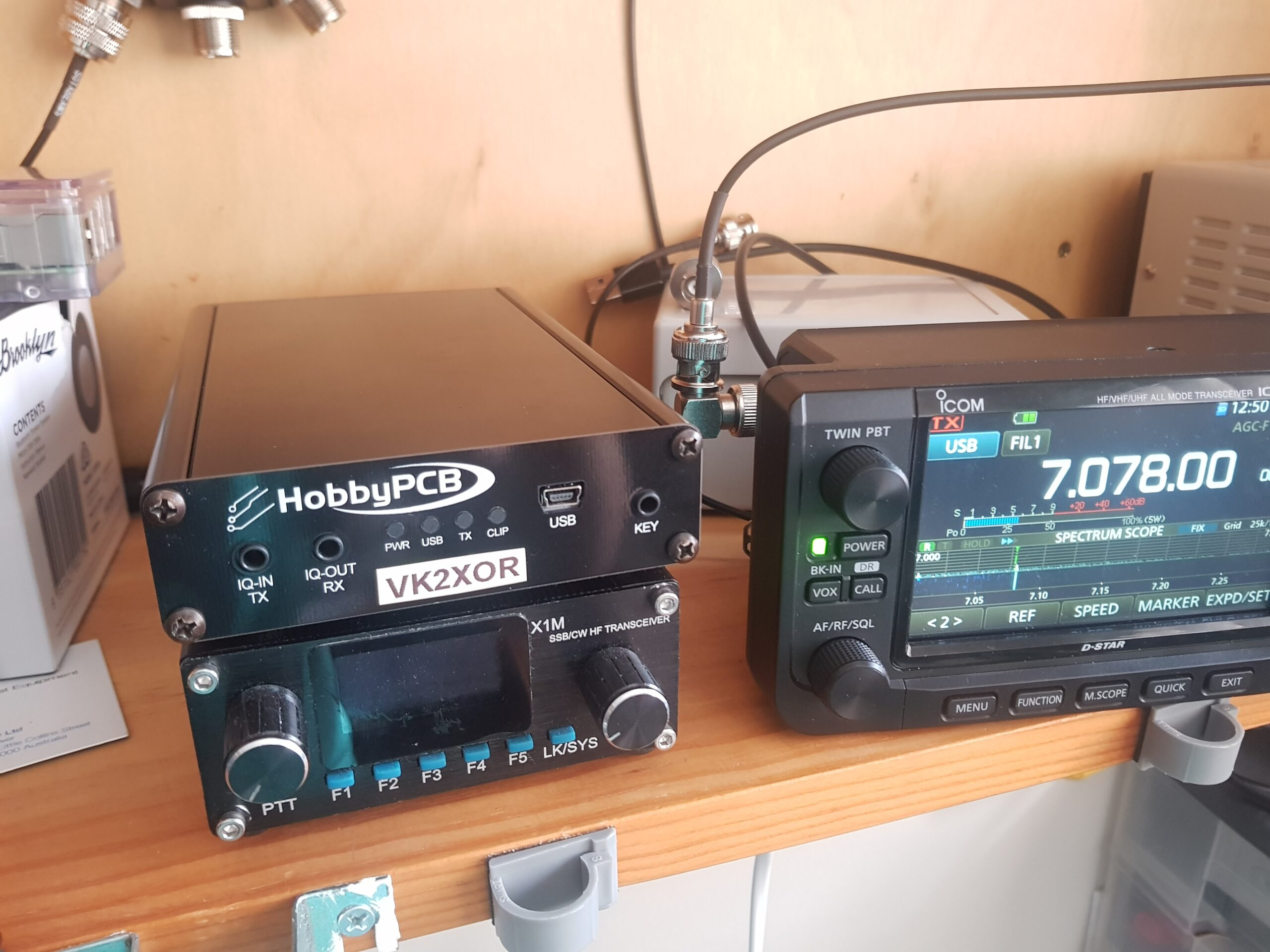 photo of IC-706 next to the RS-HFIQ and X1M